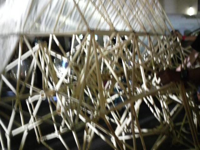 ジュディ・オング青玉「木版画の世界展」